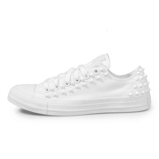 all star low BACK STUDS mono WHITE