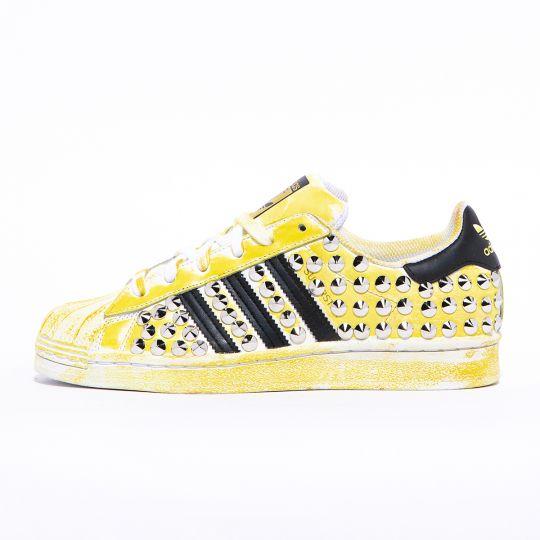 adidas superstar delavè yellow studs
