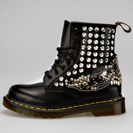 Dr. Martens Black Wollstonecraft
