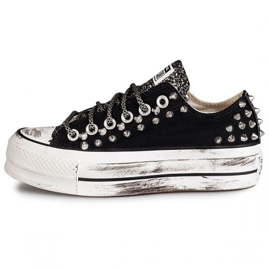 PLATFORM LOW RUNAWAYS BACK STUDS BLACK