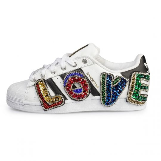 SUPERSTAR FRIDAY I'M IN LOVE XX