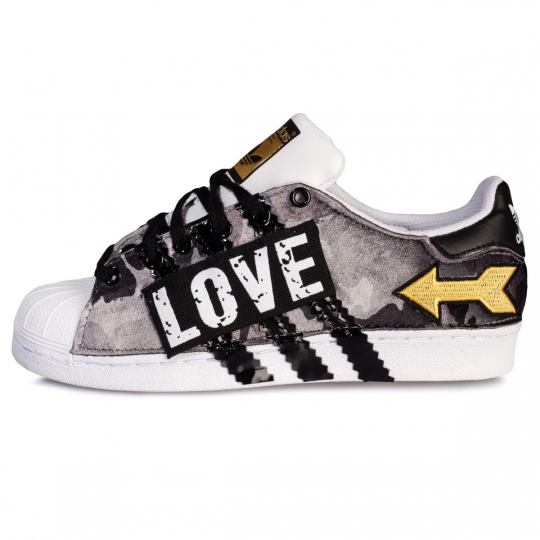 SUPERSTAR CAMO STRIPES LOVE