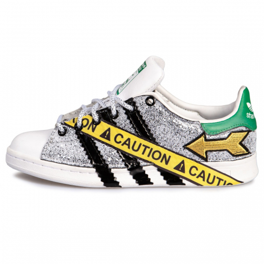 STAN SMITH CAUTION STRIPES