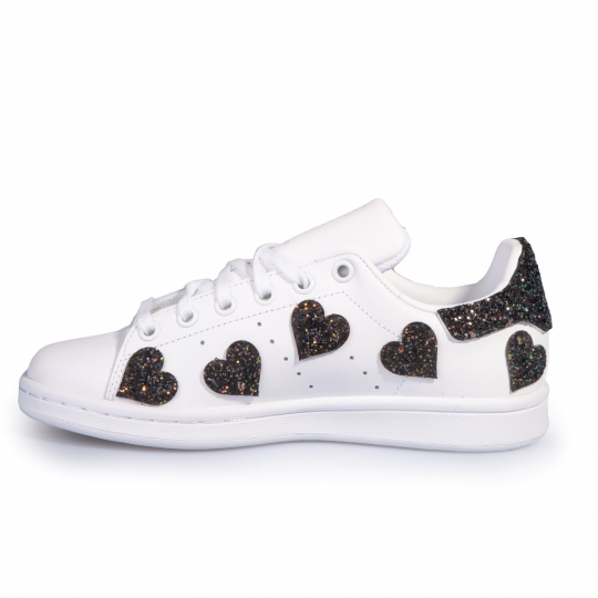 Stan Smith Heart Of Black
