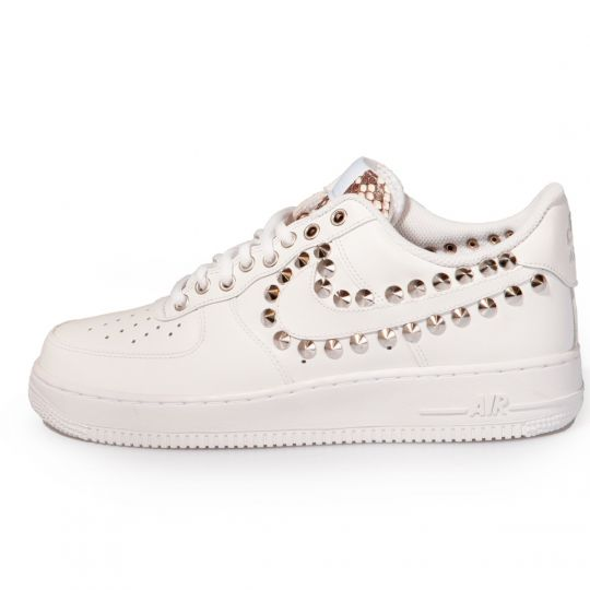 Air Force PYTHO WHITE STUDS LOW