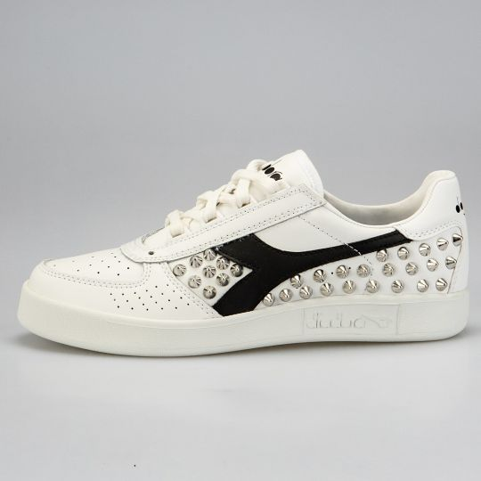 Diadora Elite White Black Studs