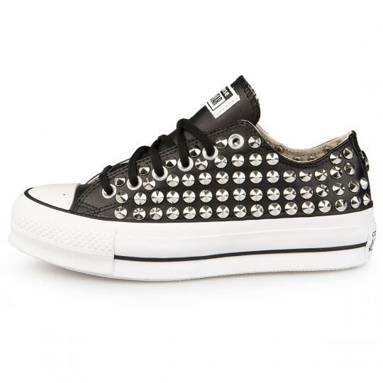 PLATFORM LOW FULL STUDS BLACK PELLE