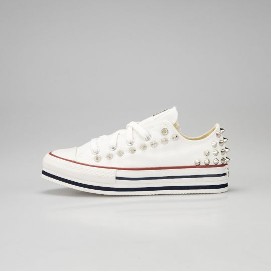 Platform low white back studs Kid