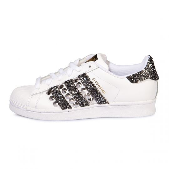 SUPERSTAR STRIPES BLACK STUDS