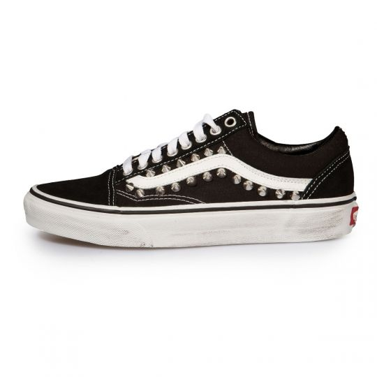 VANS OLD SKOOL STUDS BLACK