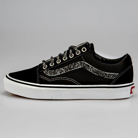 Vans Old Skool Black  Runaways Dark