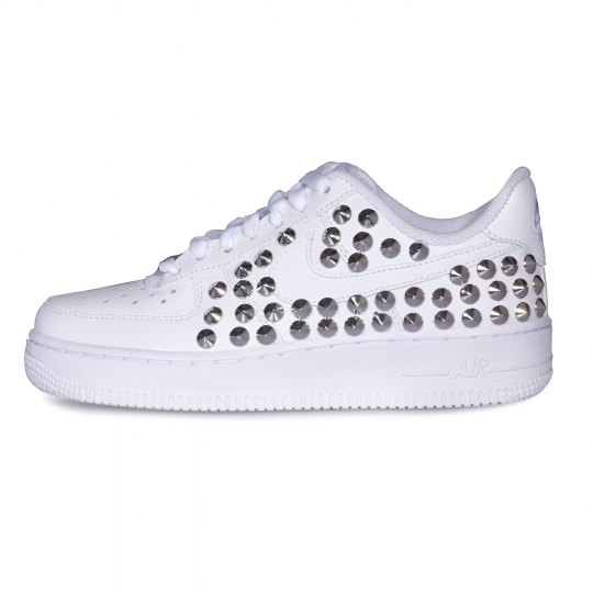 AIR FORCE LOW WHITE STUDS