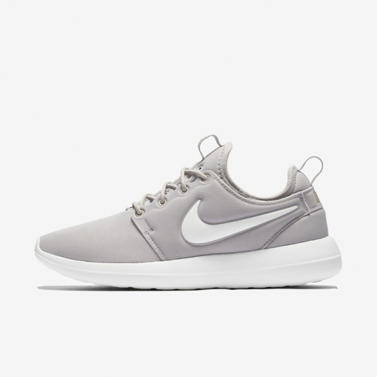 roshe run two iron