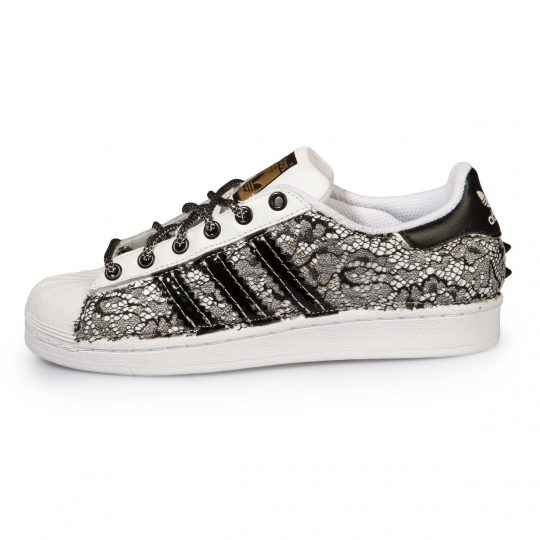 Adidas Superstar Black Lacy