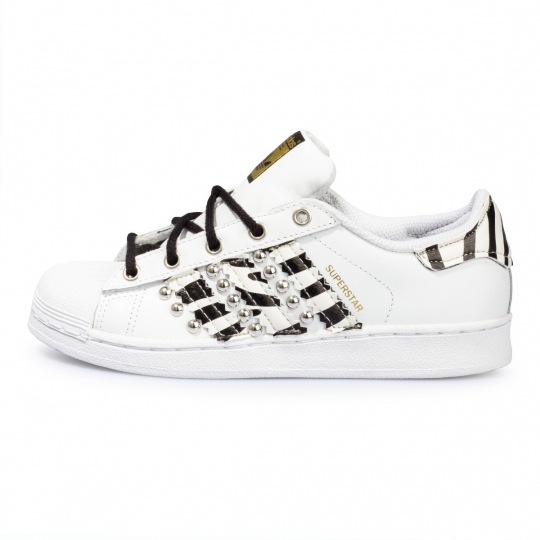 superstar stripes leo B / W