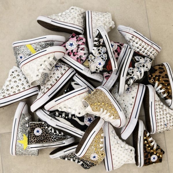 Kid Converse category